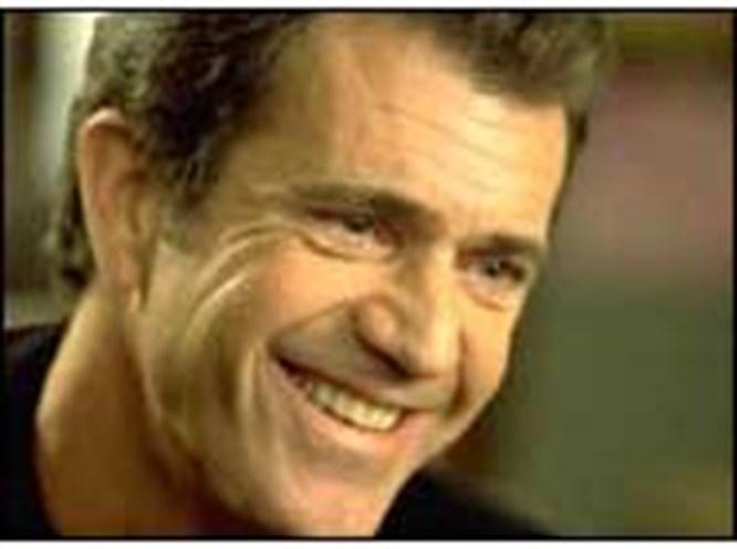 Mel Gibson'ın yeni hedefi Papa